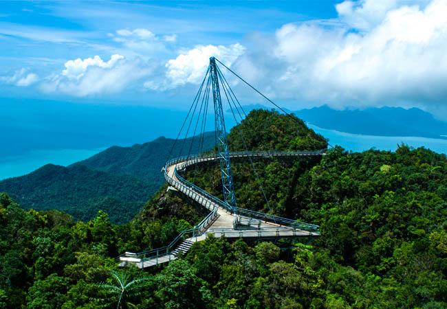 Hasil carian imej untuk sky bridge langkawi