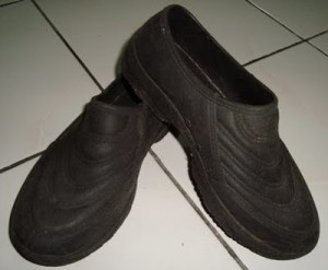 rubber shoes malaysia