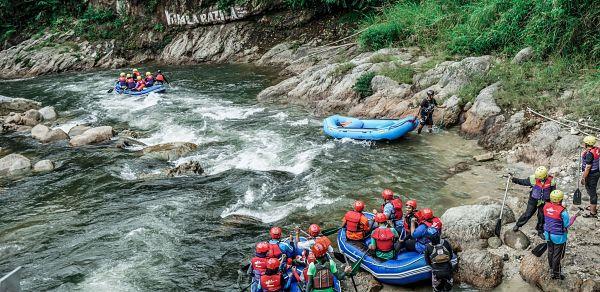 pakej water rafting gopeng