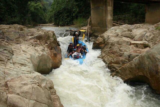sungkai water rafting perak