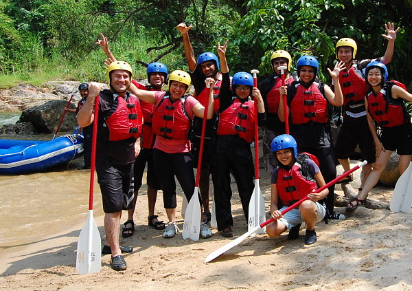 malaysia white water rafting_opt