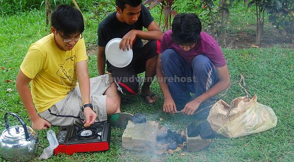 student camping kuala lumpur_opt